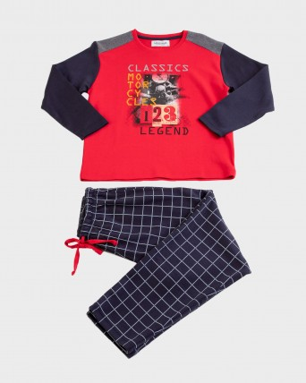 Pijama de niño de manga larga y pantalón largo.