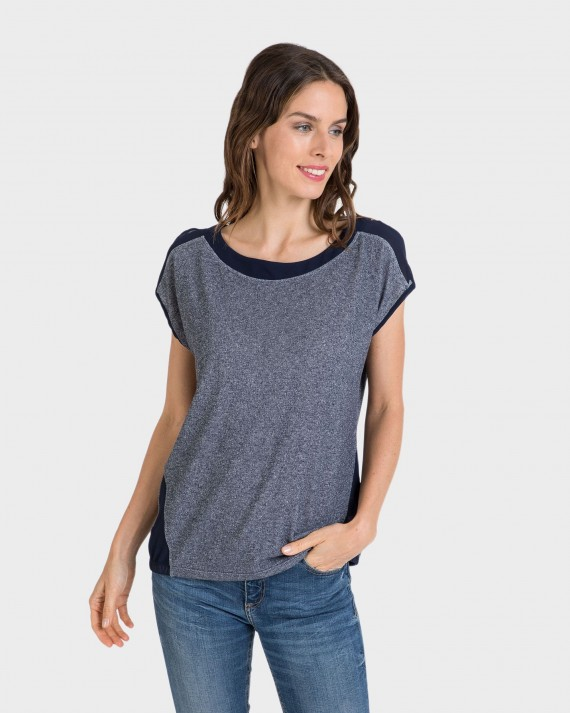 Blusa de mujer abertura hombro