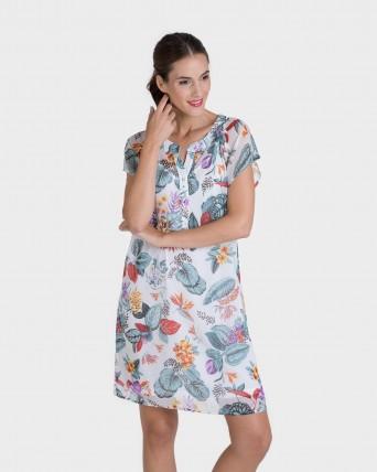 Vestido corto con estampado flores