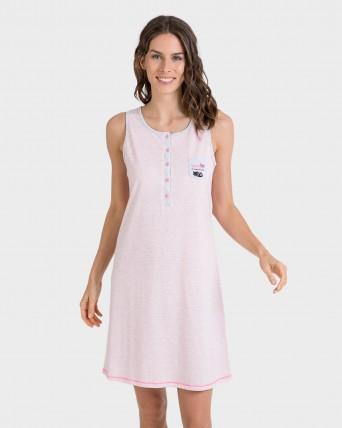 Camisola de mujer rosa con botones