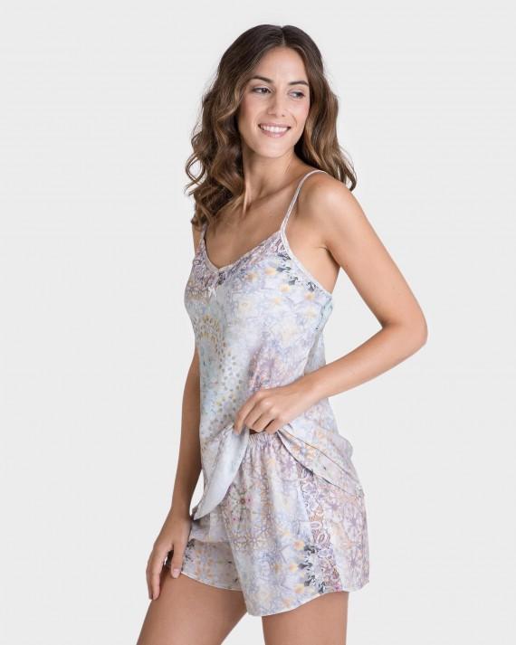 Pijama de mujer tipo lencero a rayas