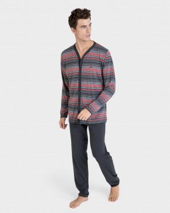 Pijama de hombre abierto y largo